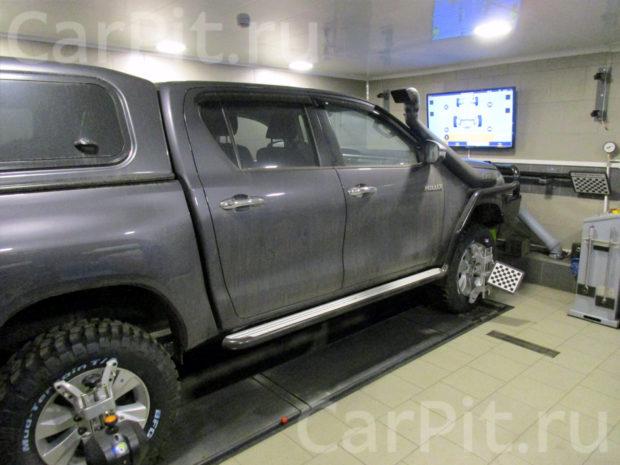 Сход-развал Toyota Hilux - 1